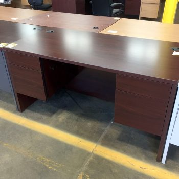 Used 10500 Series Desk