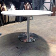 Used Cafe & Lounge Tables