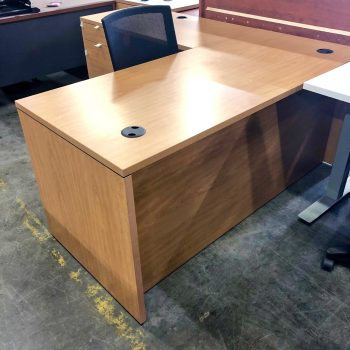 Used HON 10500 L-Shape Desk