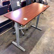 Shaker Cherry Height-Adjustable Table